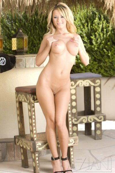 Jodi Bean Stands Naked and Proud