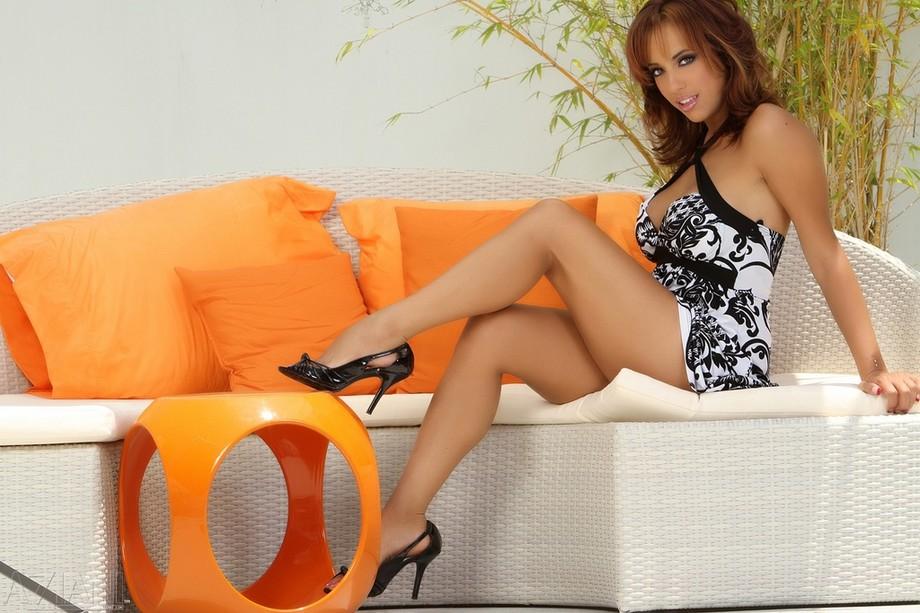 Mulani Rivera Long Legs, Hot Body